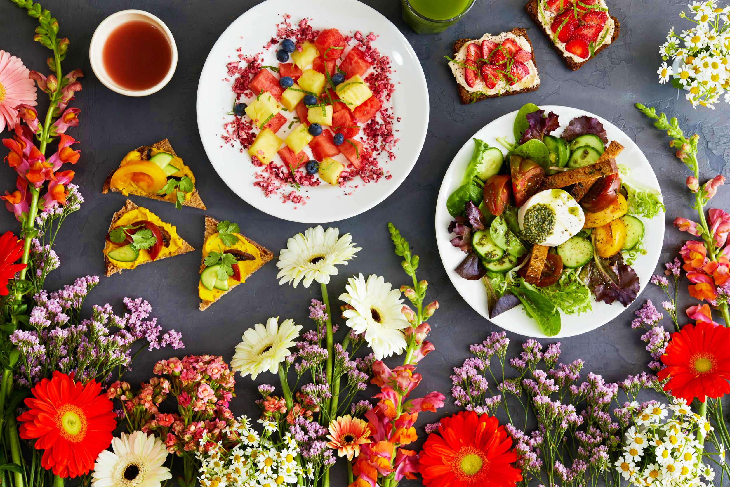 dominic-perri-le-pain-quotidien-flower-power-campaign-1
